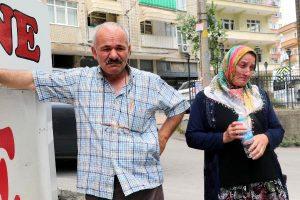 Emekli Olmak İçin Taşıdığı 27 Bin Lirayı Düşürdü, Eşi Gözyaşlarına Boğuldu