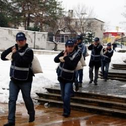 Polis, Çuvalla Eroin Taşıdı!